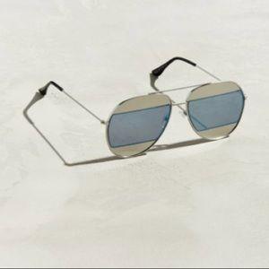 Accessories - Blocked lens aviators